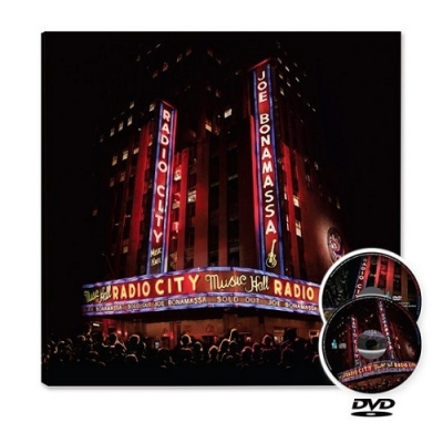 LIVE AT RADIO CITY MUSIC  CD+DVD